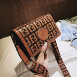 Womens Brown Leather Handbags Wide Strap Shoulder Bag crossbody Small Bags With Flap and Letter Famous Brand Woman Handbags 2019