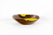 Load image into Gallery viewer, HANNA color splash wood bowl