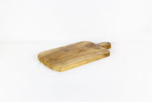 Load image into Gallery viewer, TANAH premium cutting board