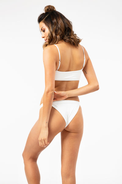 ALL THE FEELS: Boots Top in White - FRANKIES BIKINIS