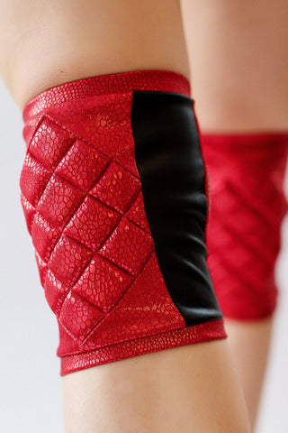 ALL THE FEELS: Knee Pads Shiny Red - POLEDANCERKA