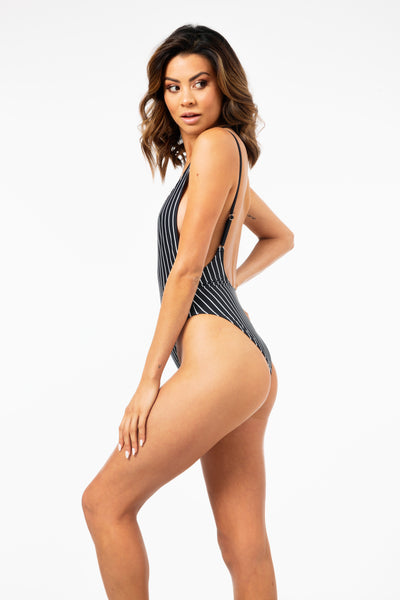 ALL THE FEELS: Secret Envy One Piece - L'URV