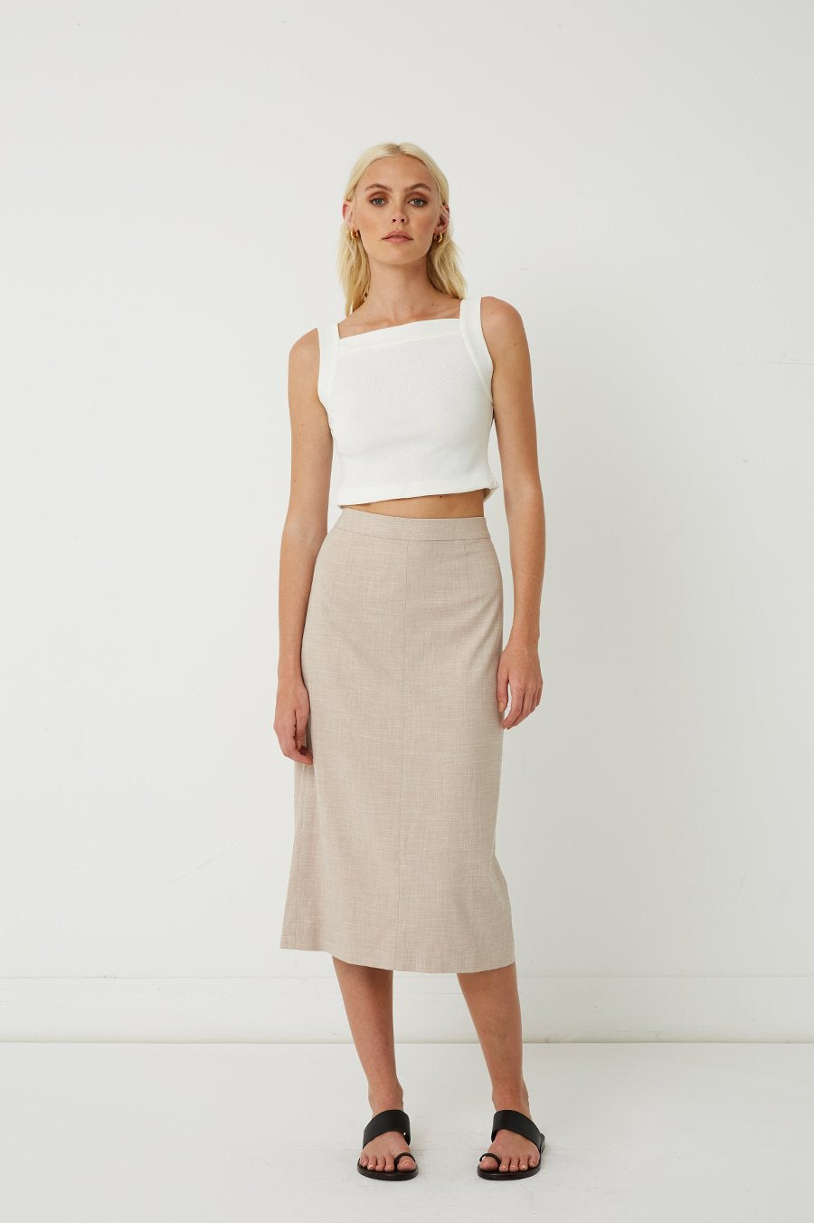 FRIEND OF AUDREY | Iris Square Neck Crop Top