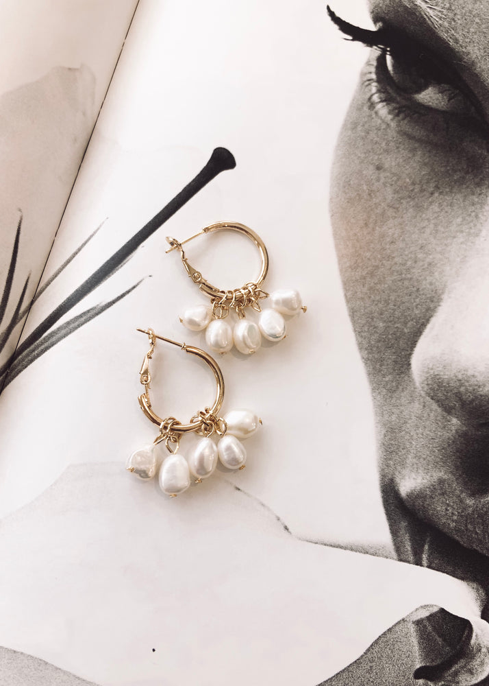 REIN ACCESSORIES | Pearl Hoop Earrings