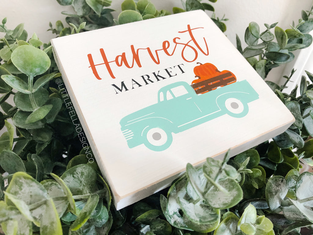 Mini Harvest Market Sign