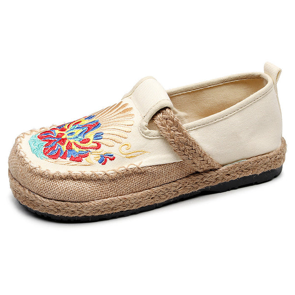 Embroidered Round Head Cloth Shoes