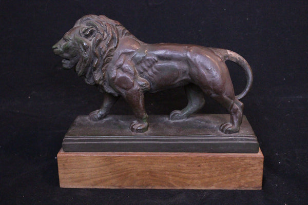 Bronze coated lion Museum replica from Walters Art Gallery