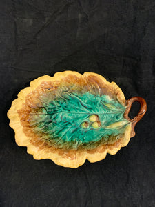 Victorian Majolica Pottery Leaf Dish with Acorns, circa 1880 England