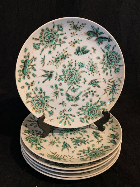Set of twelve Mid 20th Century Chinese porcelain dinner plates with a green butterfly pattern