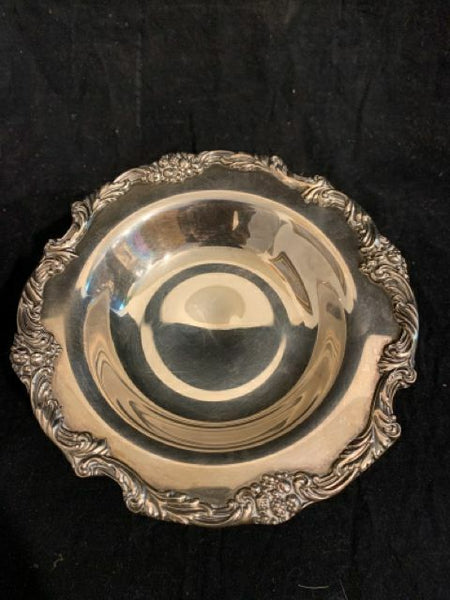 "Reed & Barton King Francis Pattern Candy Dish on a Pedestal. This dish is circa 1970's.  It's 7' diameter and 4.5"" tall."