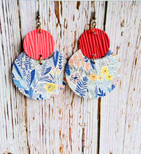 Spring Floral Lily Earrings - Black Cat Modern Boho Handmade Jewelry