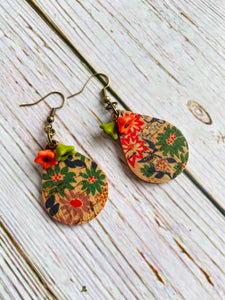 Beaded Lyn Floral Cork Earrings - Black Cat Modern Boho Handmade Jewelry