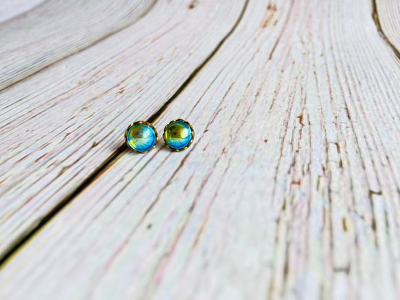 Vintage Glass Tiny Studs - Black Cat Crafts
