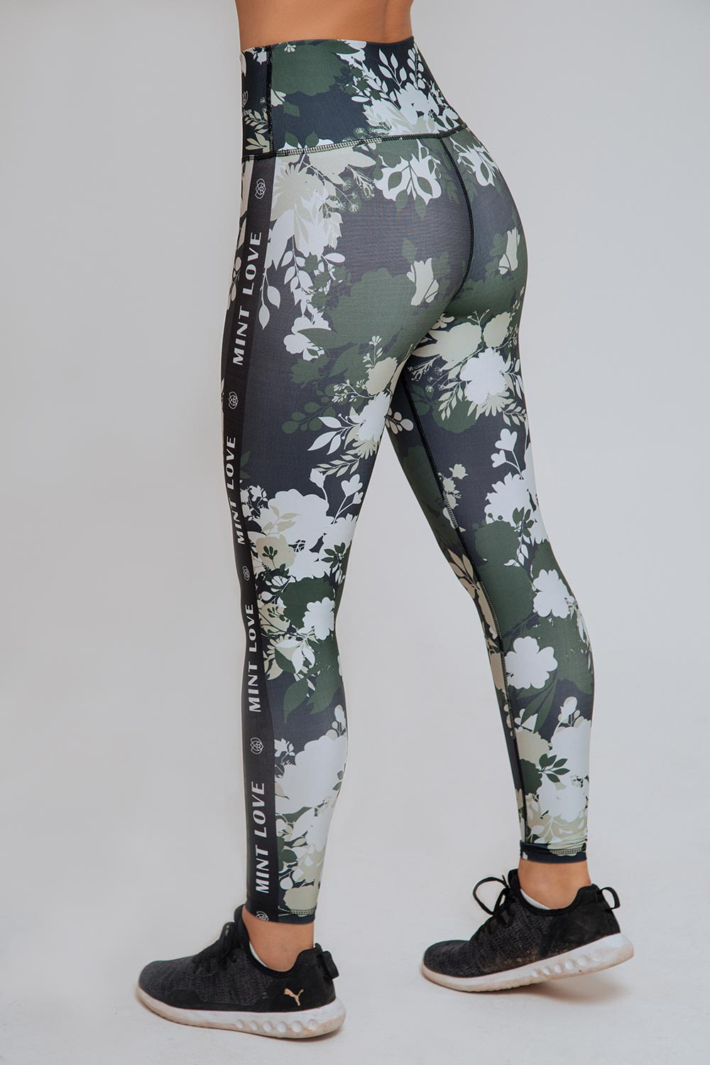 SIGNATURE HIGH RISE LEGGING