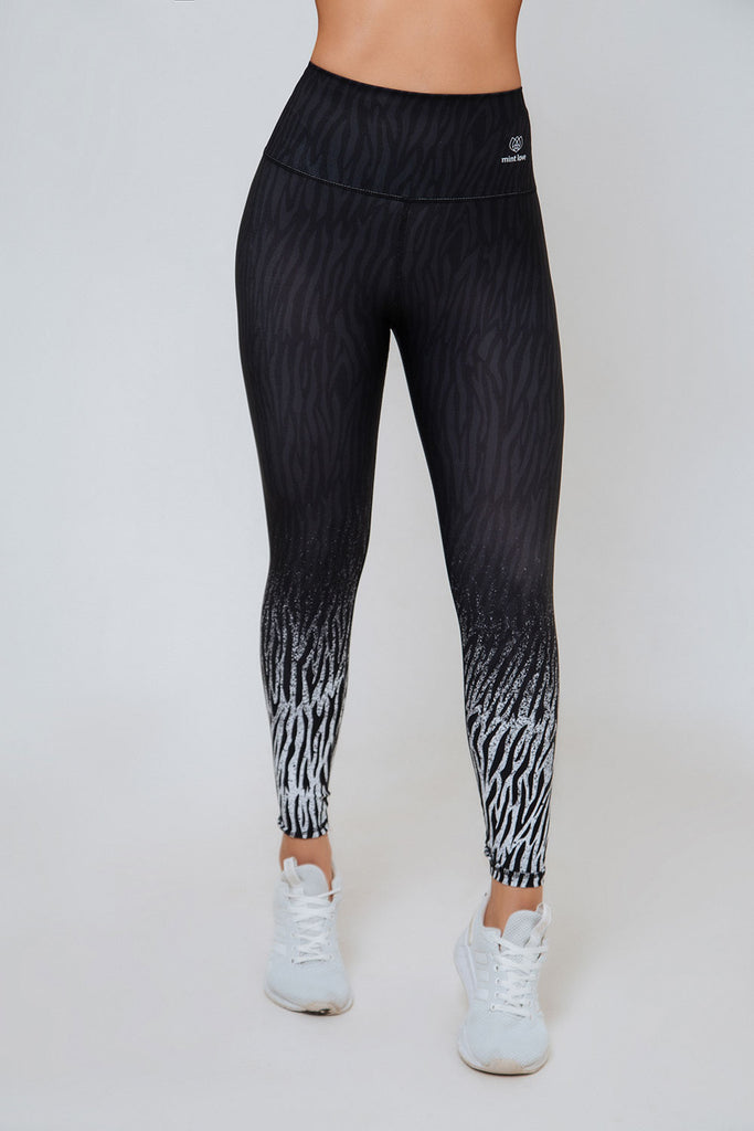 DRIVE ZEBRA HIGH RISE LEGGING