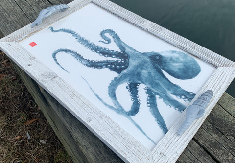Octopus serving tray with shell handles