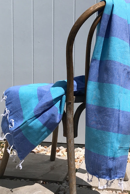 Big Blue is a large yet lightweight turkish towel with pocket, perfect for the beach