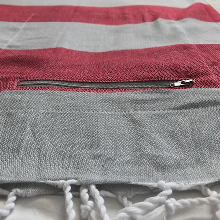 Coral Stripe: authentic Turkish Towels with discreet pocket