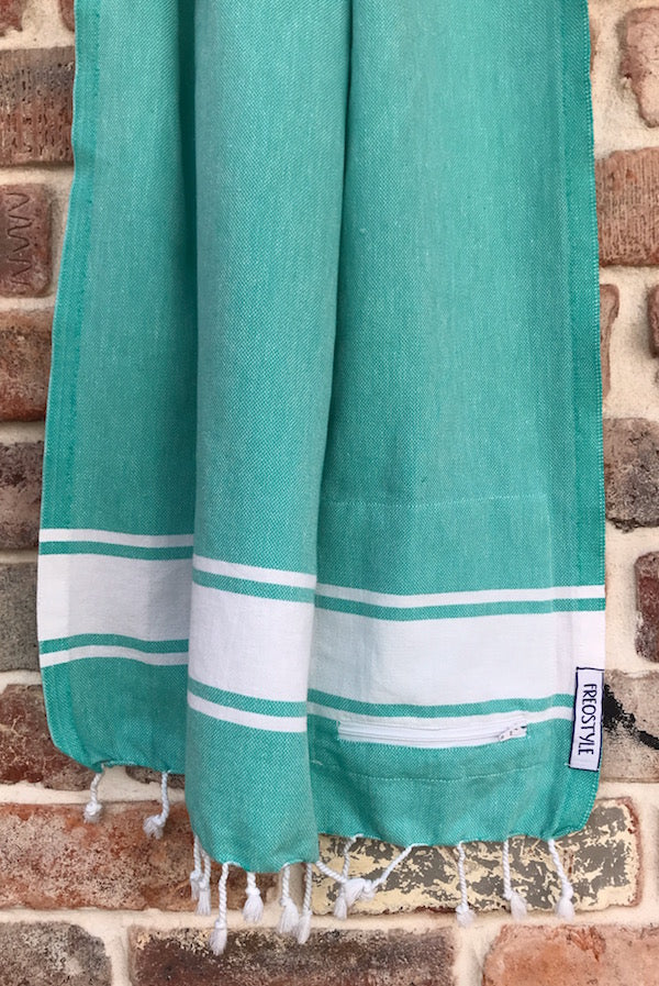 Freostyle GymTowel Aqua Stripe is fast-drying and lightweight