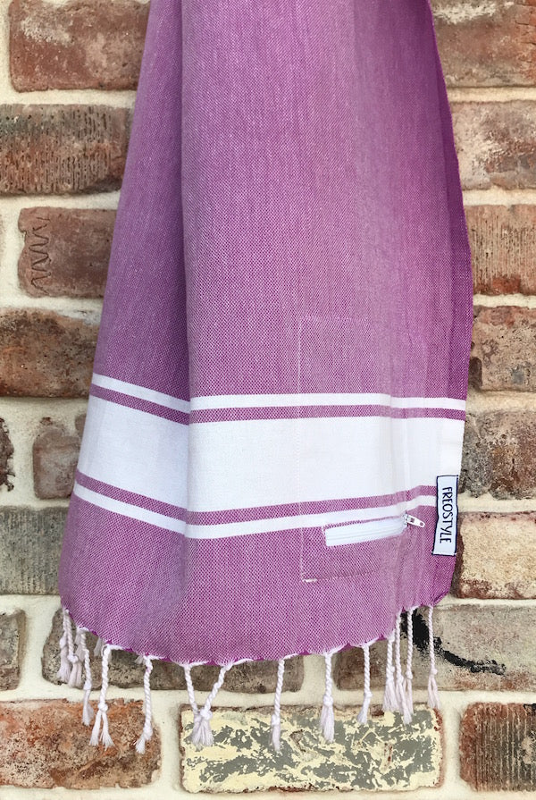 Freostyle GymTowel Lilac Stripe is fast-drying and lightweight