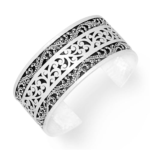 Medium Classic Granulated & Scroll Cuff
