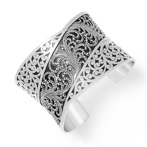 Medium Classic Signature Scroll & Granulation Overlap Cuff