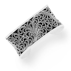 Medium Classic Granulated Scroll Cuff with Hammered Geometric Accent Ends