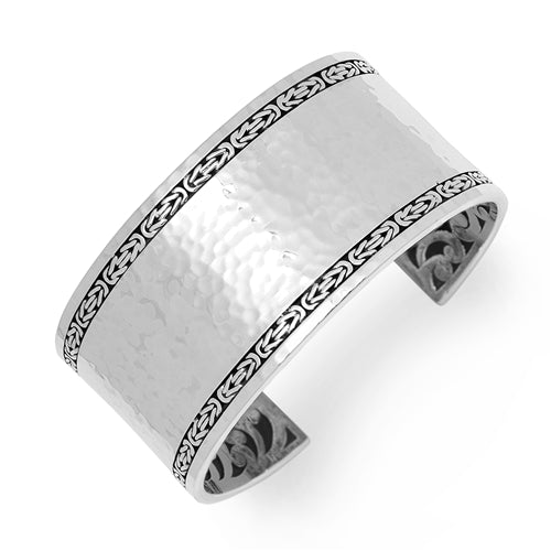 Medium Hammered Cuff w/Box Weave Border