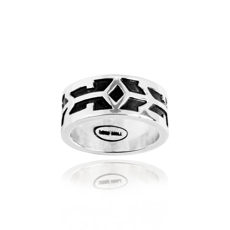 Classic Ornament Band Ring