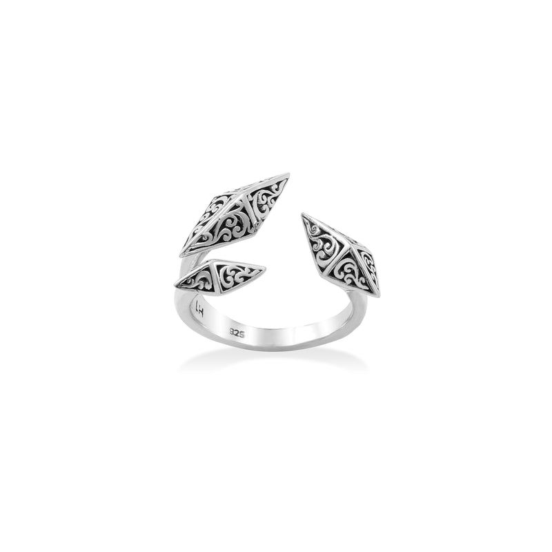 Edgy Delicate Signature Scroll Ring