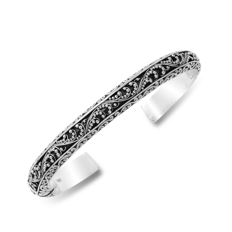 Classic Signature Scroll Granulated Hinge Cuff. Fit 6'' Wrist