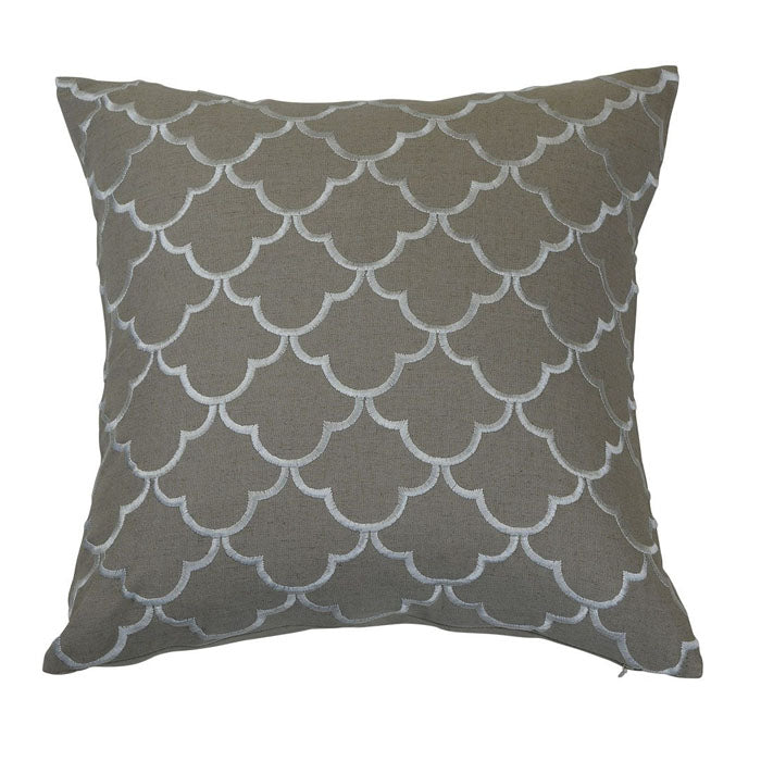 Margaret Ivory Cushion - Notbrand