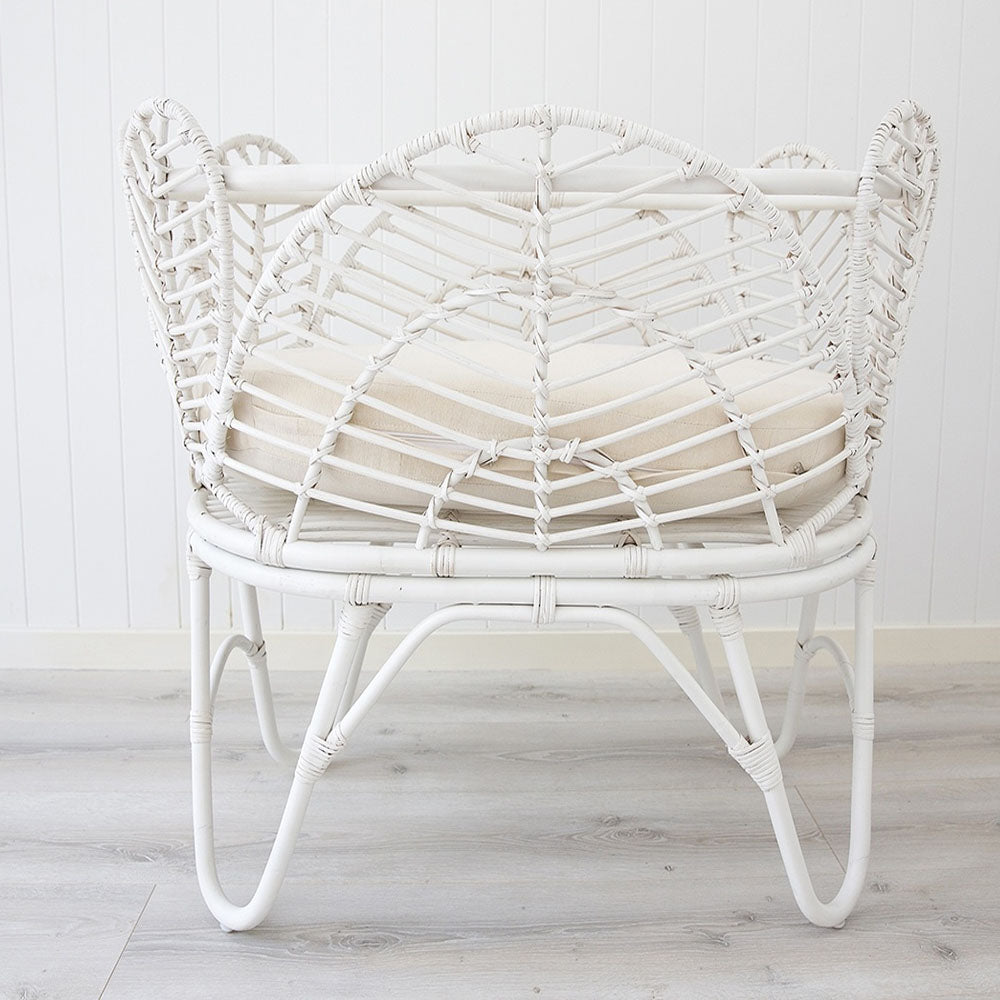 Willow Rattan Baby Bassinet – White - Notbrand