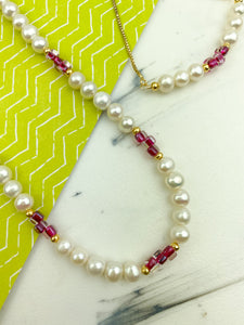 Pinky pearls set