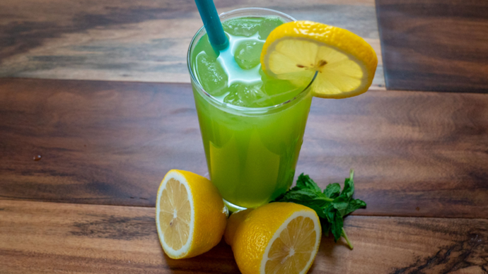 Low Carb Cucumber Mint Lemonade