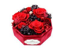 Load image into Gallery viewer, Red Lint Octagonal Box with Preseved Red Roses - The Only Roses