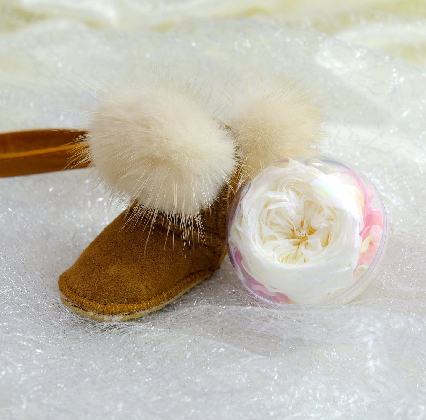 White Preserved Garden Rose | Chestnut Color Winter Boot Keychain