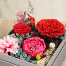 Load image into Gallery viewer, Preserved Real Red Carnations Arrangement | Crystalline Rose Box - The Only Roses