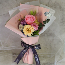 Load image into Gallery viewer, Preserved Flower Bouquet | Small Bouquet - The Only Roses