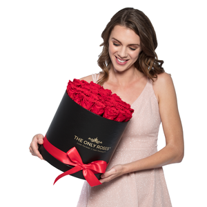 Red Preserved Roses | Medium Round Black Huggy Rose Box - The Only Roses