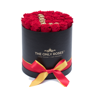 "Gold Letter "" L "" Preserved Roses 