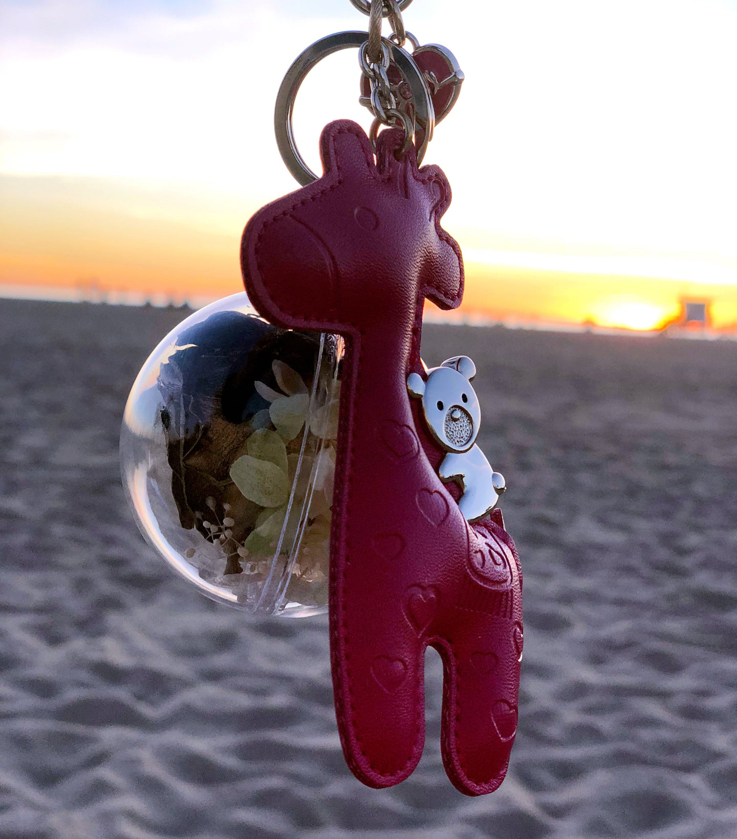 Gold Preserved Rose | Hot Pink Giraffe Keychain - The Only Roses