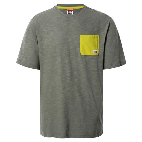 The North Face Campen T-Shirt em Agave Green. Foto de frente.
