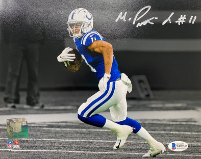 Michael Pittman Signed Indianapolis Colts 8x10 Spotlight Photo-White Ink