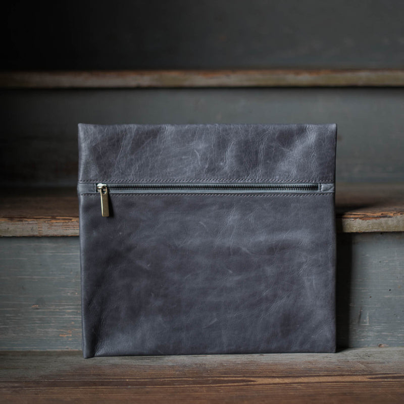 Essential Case | 1900 Gray Essential Case Stash - Stash Co