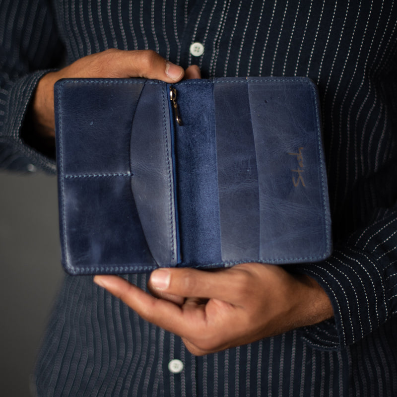 Passport Wallet | Royal