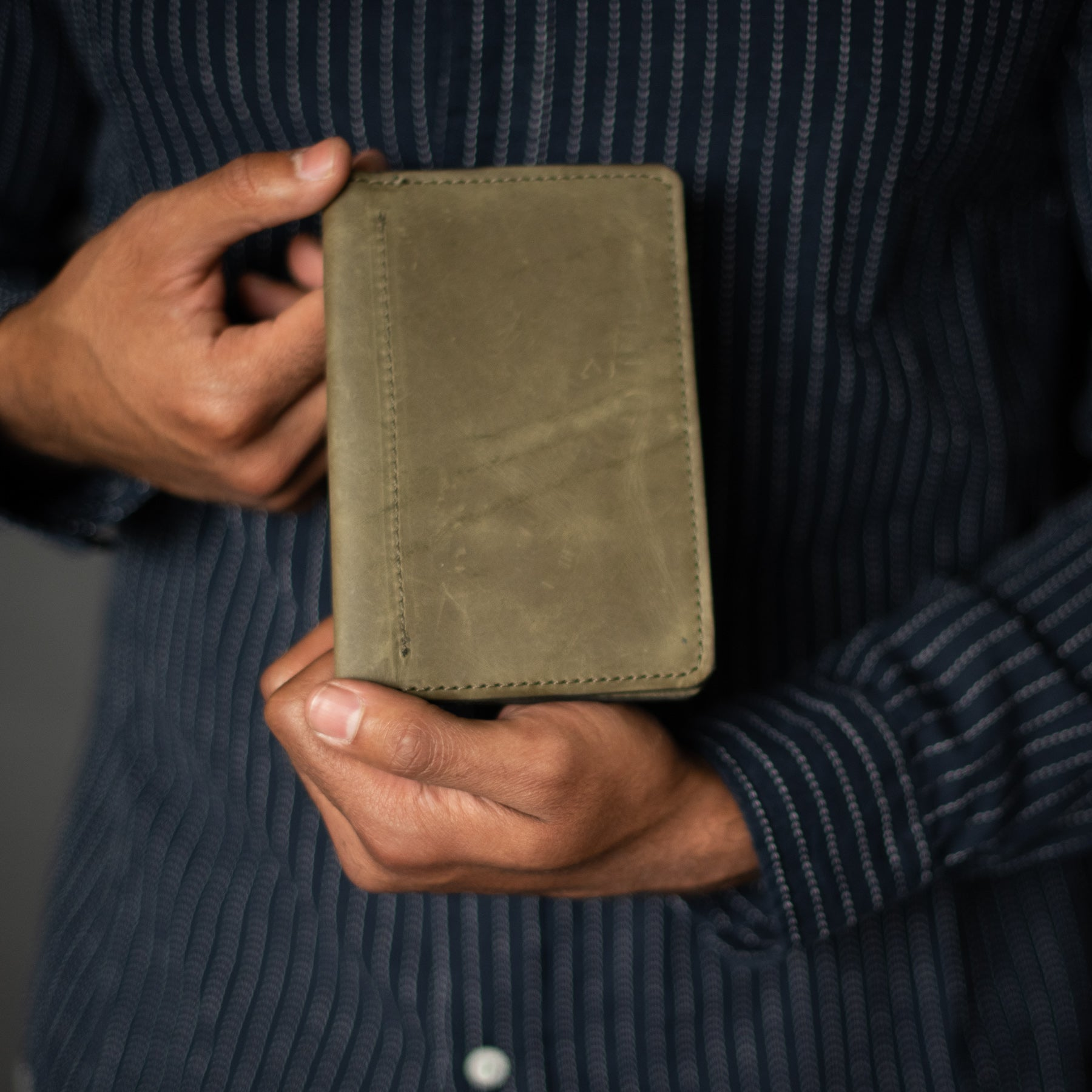 Passport Wallet | Olive