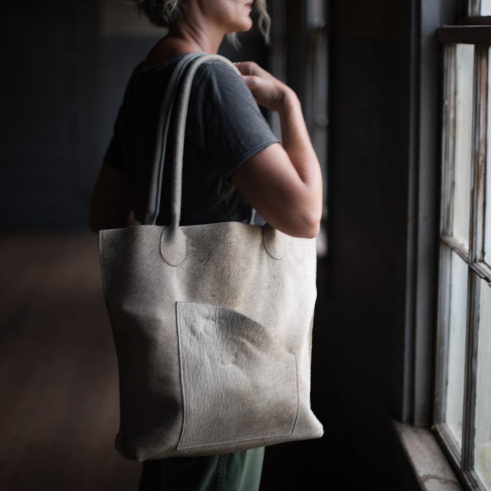 Transit Tote | Dover Hair Hide
