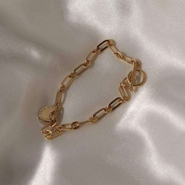 925 Elegant Chain Toggle Bracelet, 18K Gold Vermeil