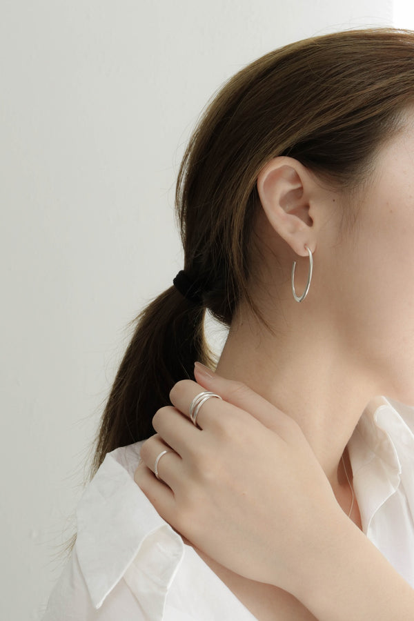925 Open Curve Earrings